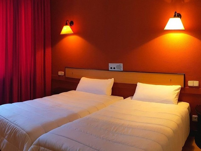 Quarto duplo hotel city house torrelavega