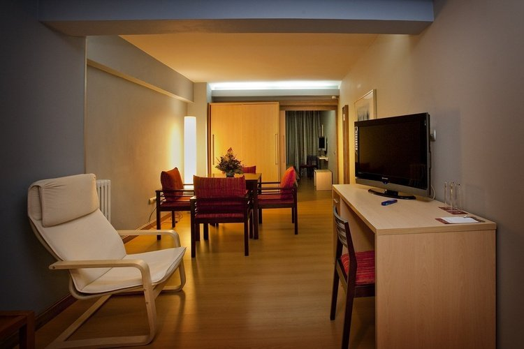 Quarto hotel city house alisas santander