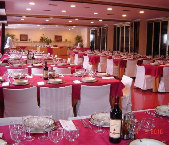 Sala hotel city house torrelavega