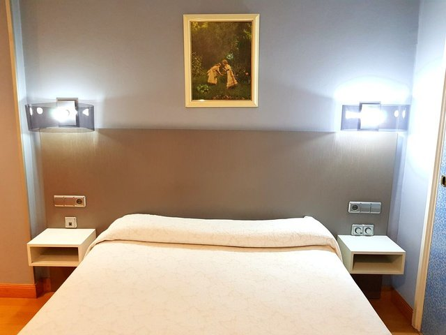 Quarto single hotel city house las lomas oviedo